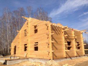 Монтаж деревянного сруба
